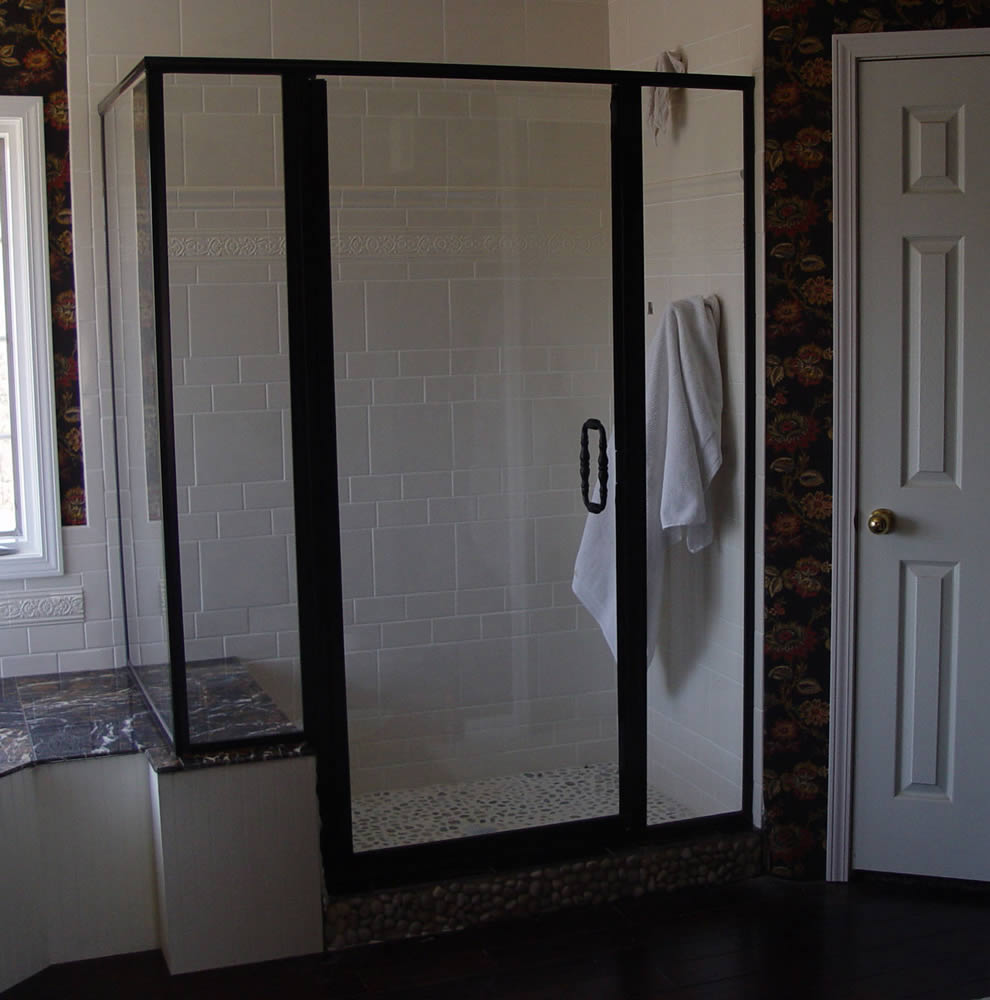 Atlanta framed shower doors superior shower doors georgia for Bathroom entrance doors