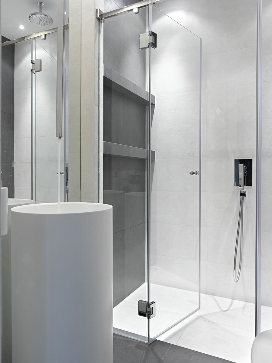 006 Frameless Glass Shower Door Chattanooga TN