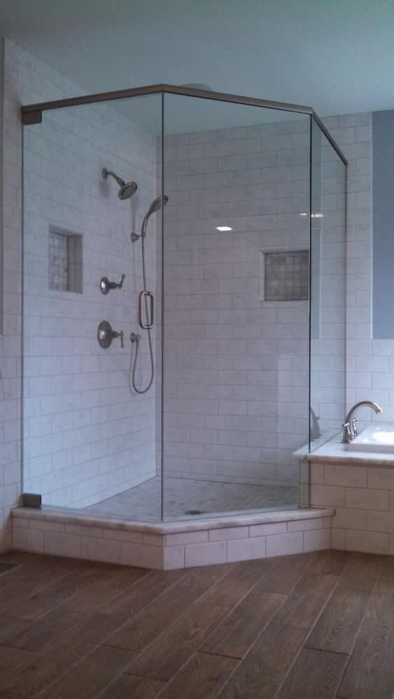 060 Semi-Framed Shower Door - Roswell, GA