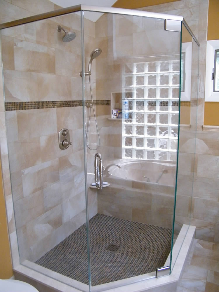 061 Semi-Framed Shower Door - Atlanta, GA