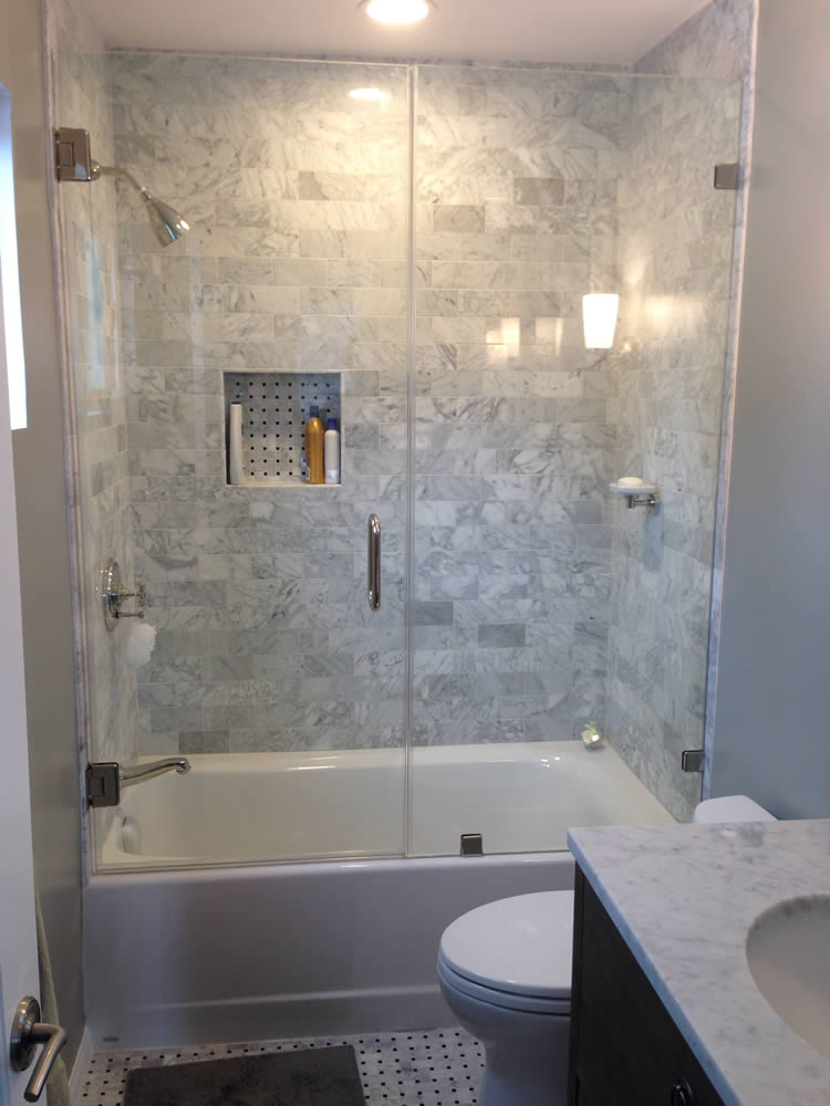 019 - Frameless Shower Door - Woodstock, GA