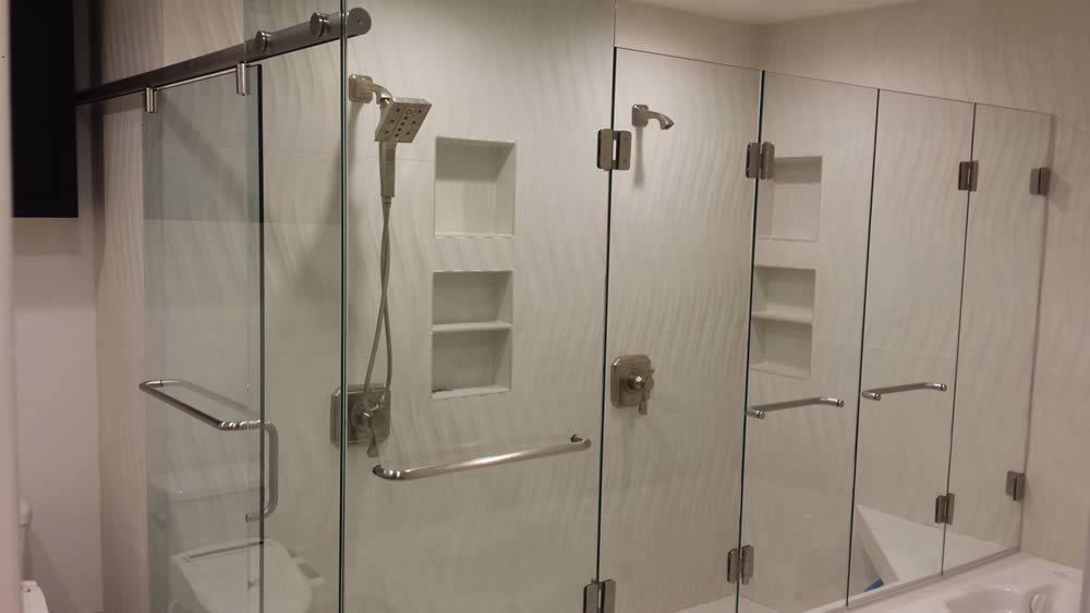 020 - Frameless Shower Door - Roswell, GA