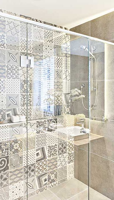 008 - Frameless Shower Doors Roswell